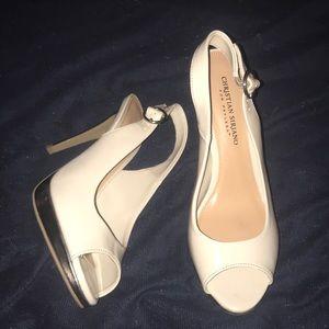 55e2542ee0c3e Christian Siriano Shoes | Habit Pointed Black Floral Pumps | Poshmark